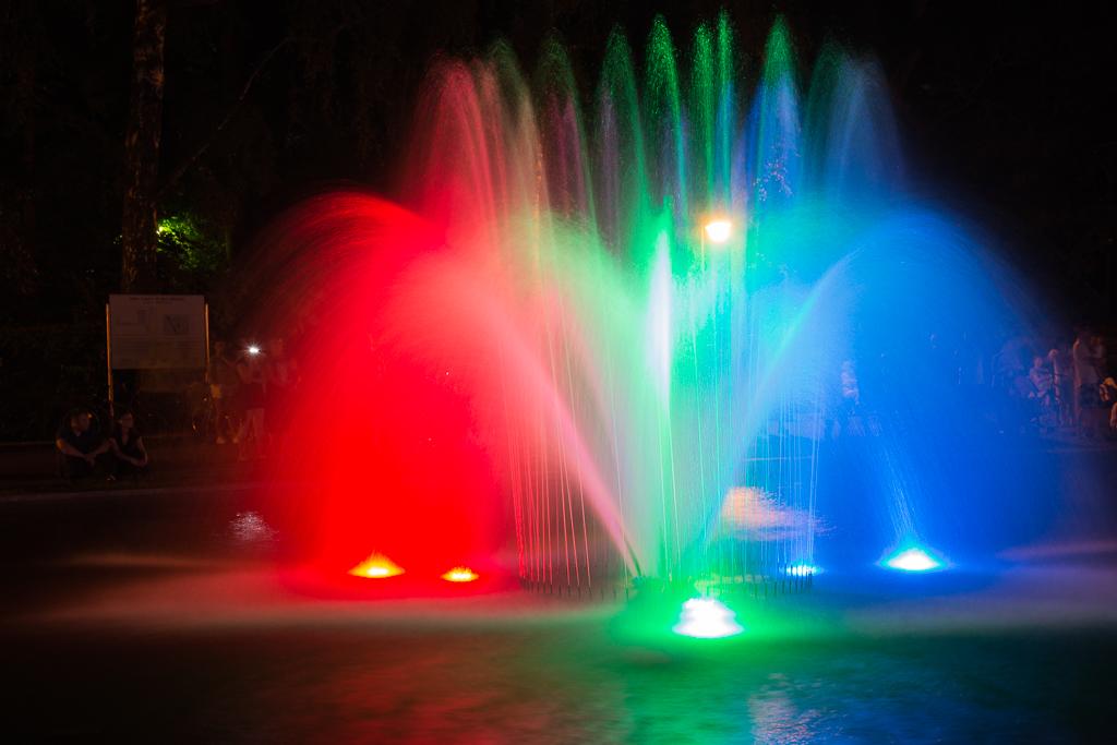 bialystok noca fontanna planty Białystok   zachwycający w dzień i w nocy