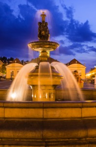 bialystok rynek fontanna zdjecia nocne 196x300 bialystok rynek fontanna zdjecia nocne