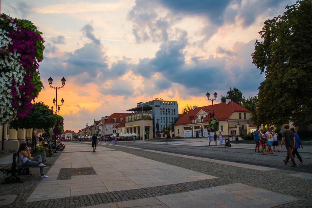 bialystok zachod slonca rynek Białystok   zachwycający w dzień i w nocy
