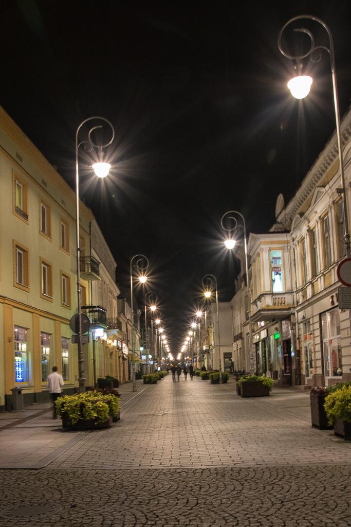 Kielce noca ulica Sienkiewicza Kielce nocą