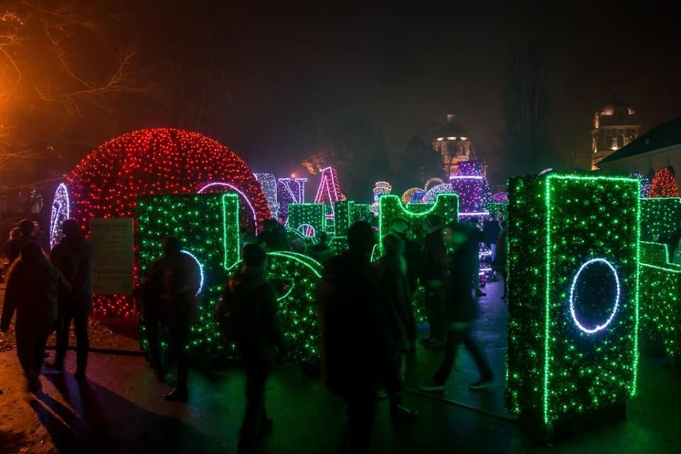 Wilanow ogrod Alicja w krainie czarow 960x640 Festiwal światła w  Wilanowie