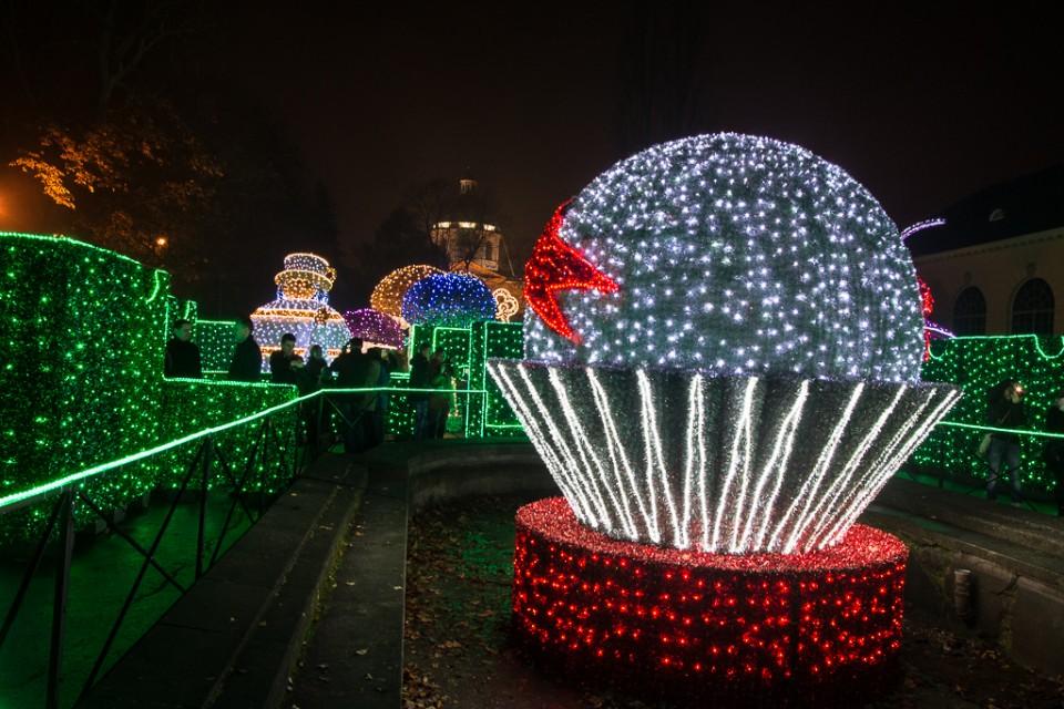 krolewski ogrod swiatla Wilanow kula 960x640 Festiwal światła w  Wilanowie