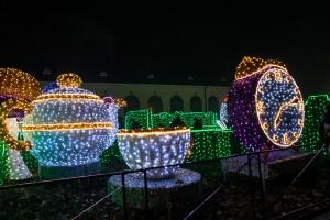 labirynt swiatla Wilanow filizanki 300x200 Labirynt światła Wilanów filiżanki