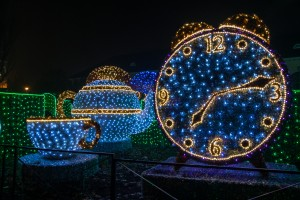 labirynt swiatla Wilanow zegar 300x200 labirynt swiatła Wilanów zegar