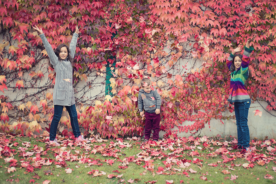 sejsa jesienna rodzenstwo Sesja z winobluszczem w tle