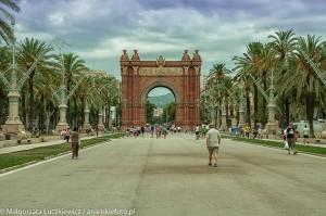 Barcelona Arco de Triunfo 300x199 Barcelona Arco de Triunfo