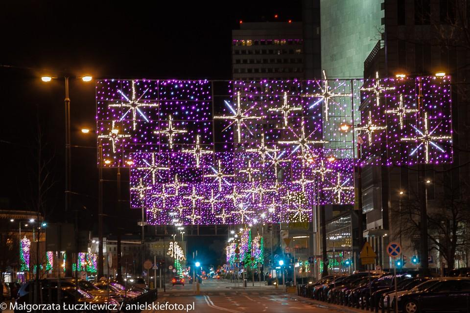 ulica Emilii Plater iluminacje 960x640 Warszawskie iluminacje świąteczne