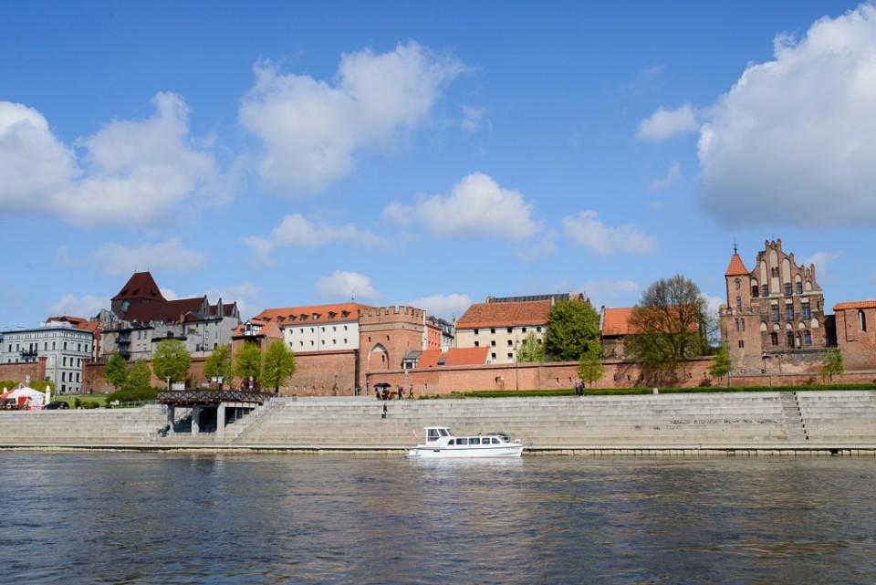 Toruń Stare Miasto panorama 960x641 10 miejsc na weekend w Polsce
