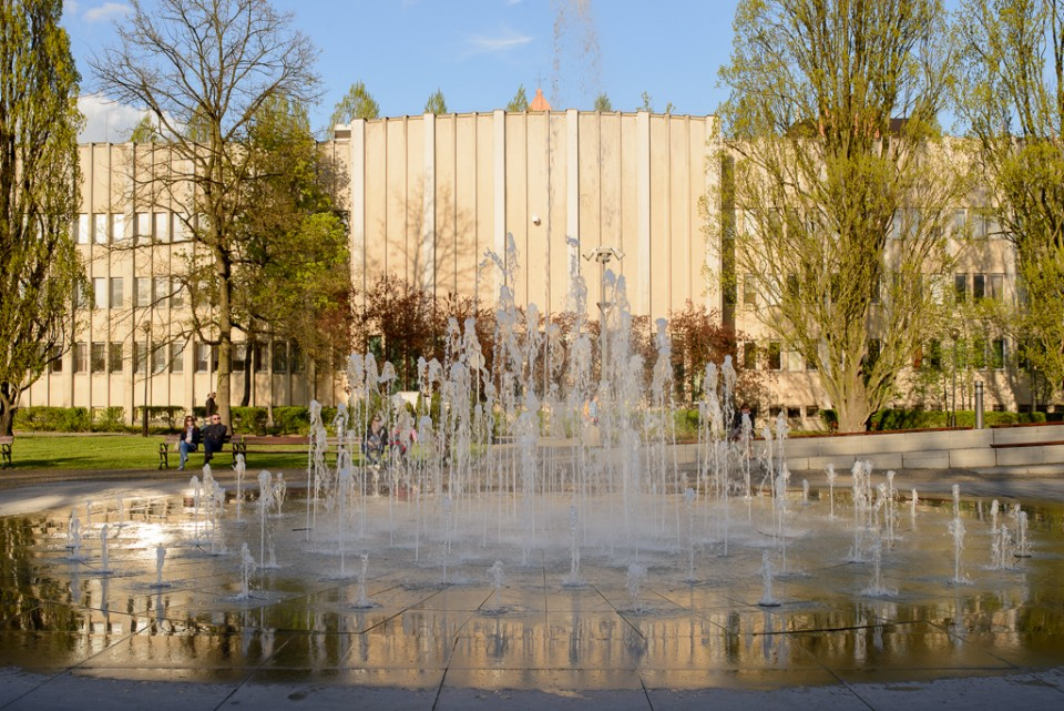 Toruń fontanna cosmopolis 960x641 Majówka w Toruniu