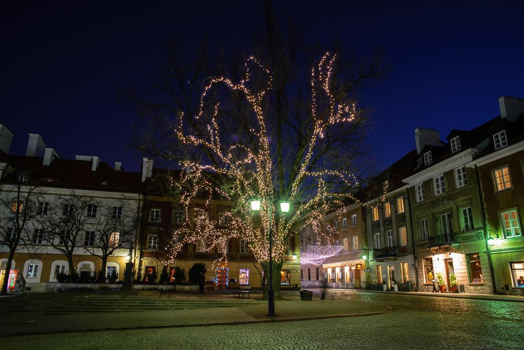rynek nowe miasto noca Warszawskie iluminacje 2015