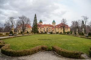 zamek ksiaz oficyny 300x200 Zamek Książ oficyny