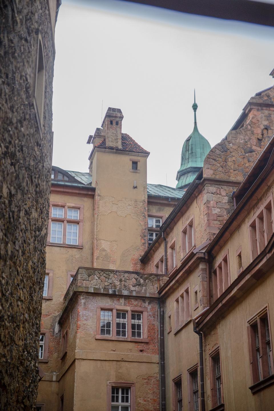 zamek ksiaz z okna Zamek Książ