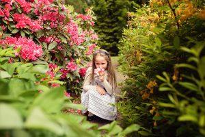 sesja dziewczeca w rozanecznikach 300x200 sesja dziewczęca w różanecznikach